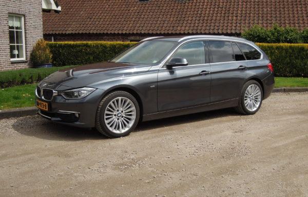 BMW 320D Touring High Executive Luxury Line Navi Automaat